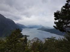Utsikten utover Åndalsnes og fjorden